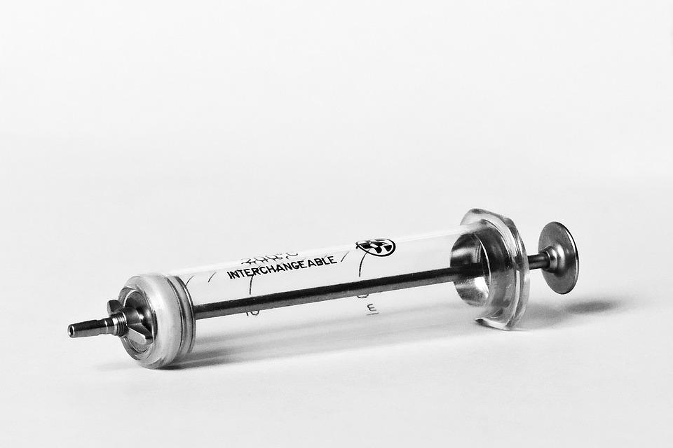 syringe-3805817_960_720