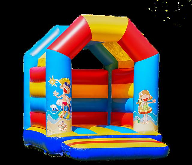bouncy-castle-3587770_640